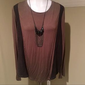 Olive & Oak Loose Fitting Tunic /Top Two Toned